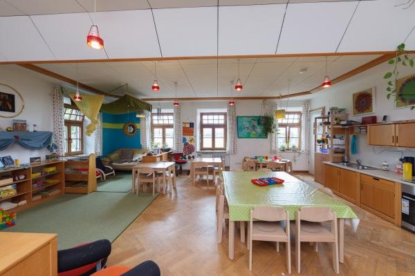 kindergarten-moosen-46527FD98A-59A3-6DDB-5204-4DFB9EB700F0.jpg