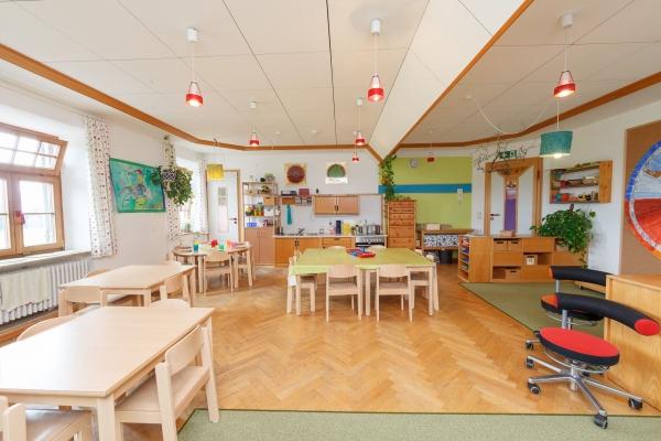kindergarten-moosen-5030B28821-E6A2-D7A3-63A2-5DE88F5909CE.jpg