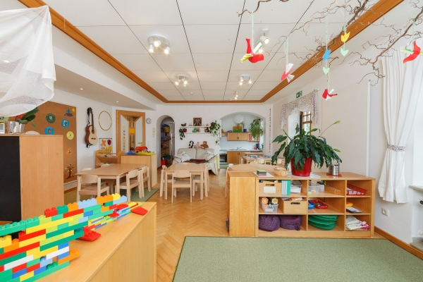 kindergarten-moosen-547965B75D-AE3D-695C-7BAD-D6CB1A6C43A7.jpg